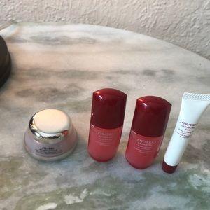 Other - Deluxe Sample Set Shiseido